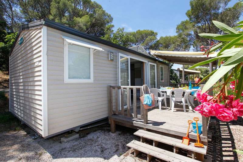 location-mobil home-famille-vacances-var-mer-plage-camping-camp du domaine