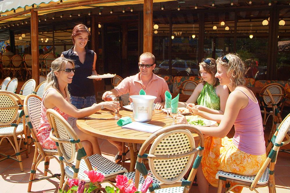 Camp du Domaine entre amis restaurant