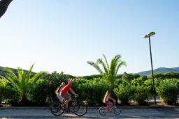 nature-espace-verdure-pinède-forêt-camping-vélo-balade-liberté-camp du domaine