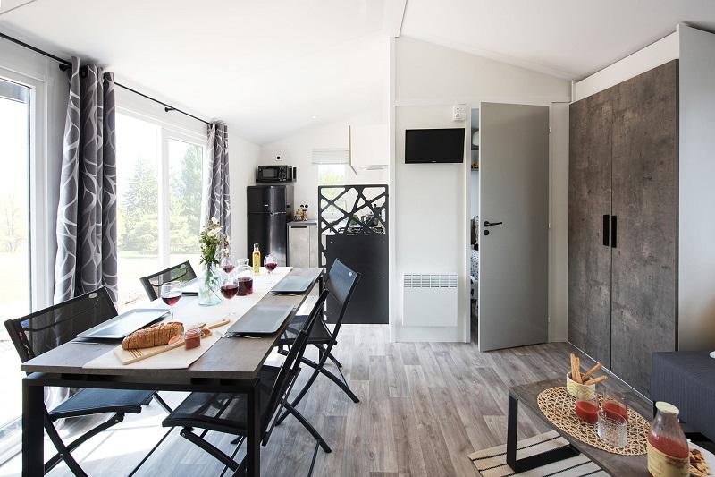 location-4 personnes-moderne-luxe-camp du domaine-var-vacances