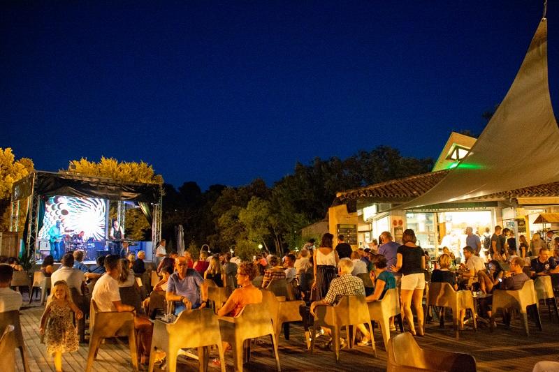 concert-musique-live-camping-soirée-animation-danse-camp du domaine
