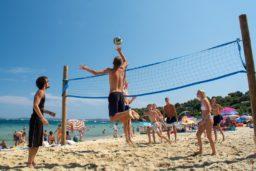 beach volley-volley-sport-plage-vacances-soleil-activité-sortie-camp du domaine