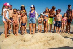 animation-mini club-enfants-club enfants-activité-famille-camp du domaine-plage