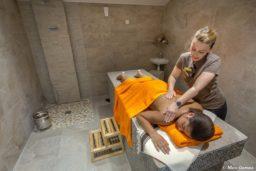 espace beauté-spa-hammam-sauna-soins-épilation-coiffure-zen-détente-relaxation-vacances-camping-camp du domaine