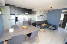 bungalow-moderne-luxe-vacances-bormes les mimosas-location-2 salle de bain