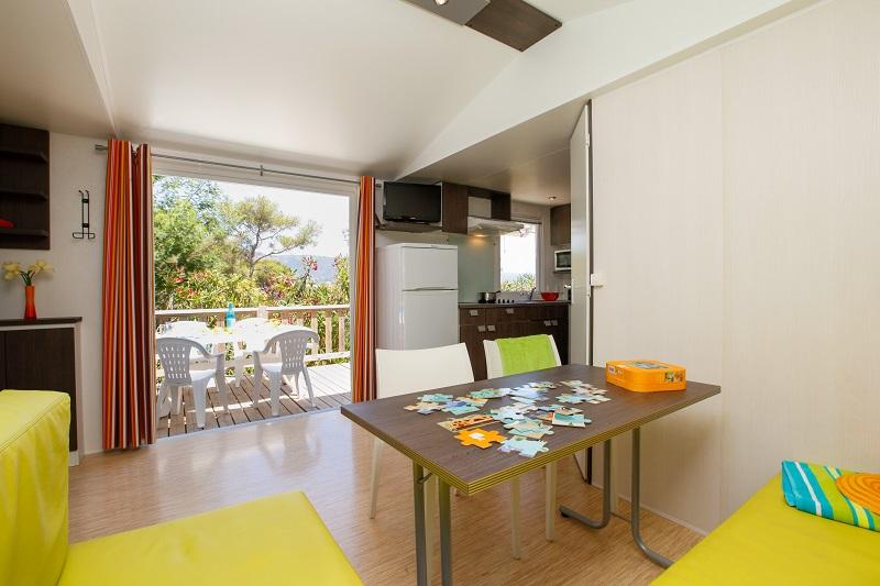 mobil home-location-var-vacances-familles-camp du domaine-climatisation