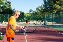 tennis-sport-plage-vacances-soleil-activité-sortie-camp du domaine