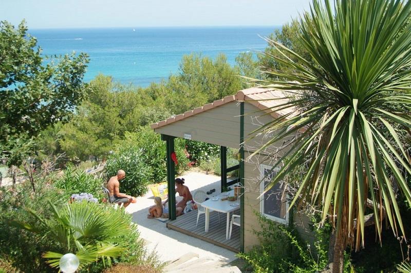 bungalow-vue mer-camp du domaine-rêve-vacances